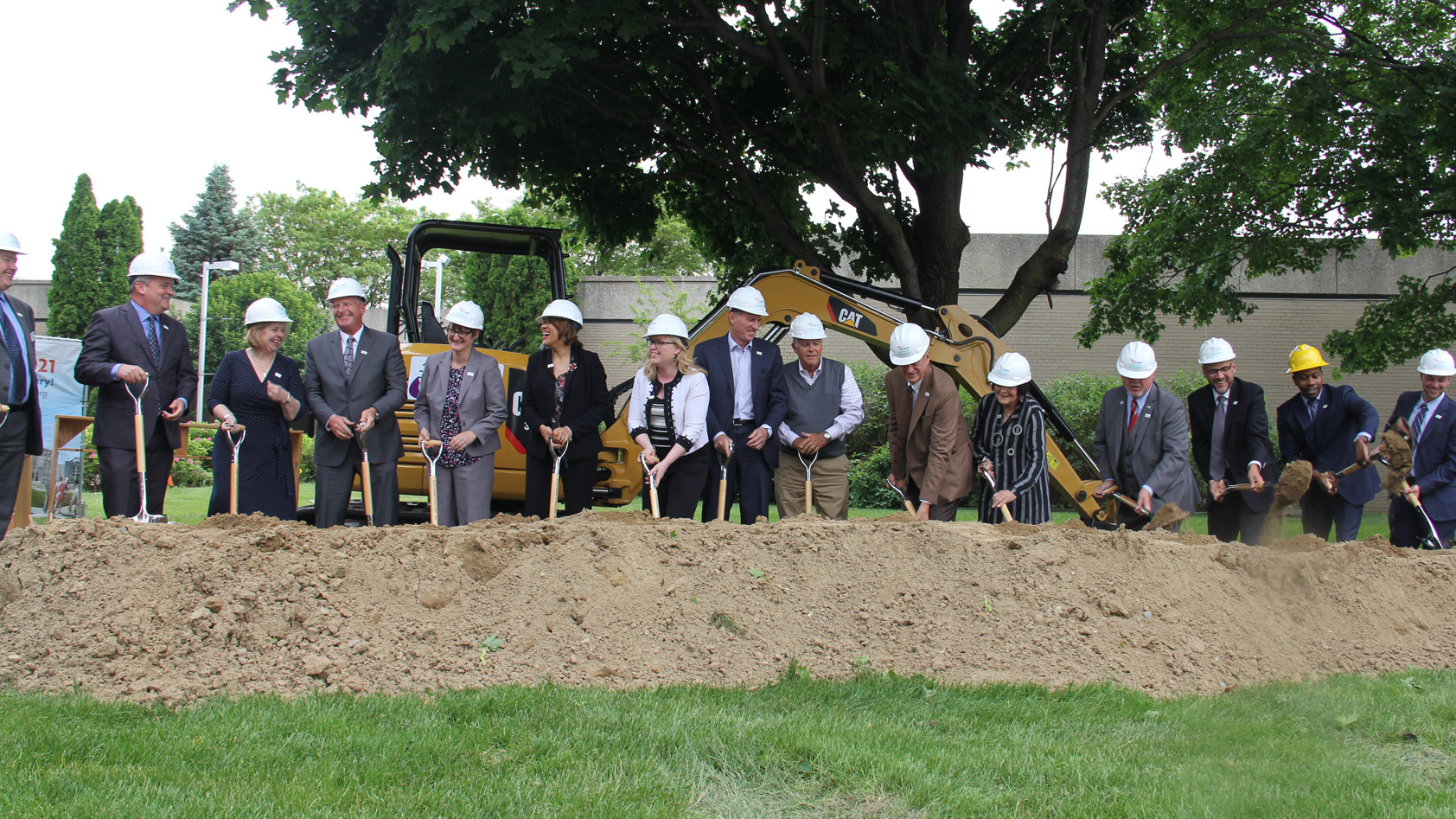 Sloan Museum of Discovery groundbreaking, Flint, MI