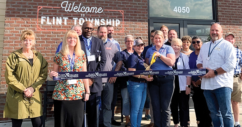 McAlister's Deli ribbon cutting on Miller Rd in Flint Twp.
